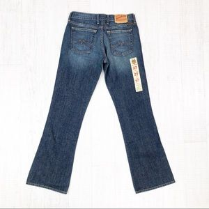Lucky Brand Jeans - Lucky Brand Jeans Sweet N' Low Short Bootcut 27